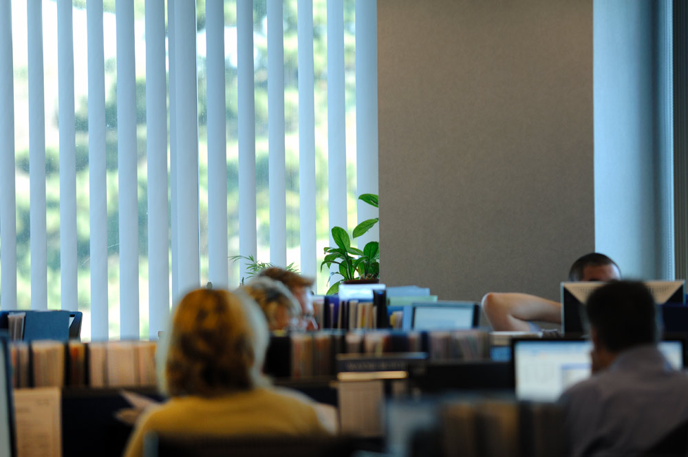 Reduce Eye Strain and Get Rid Of Glare With Blinds For Your Business