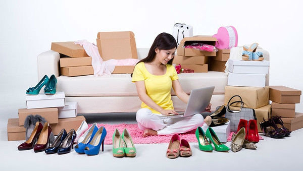 How To Avoid Impulse Buying When Online Shopping For Clothes