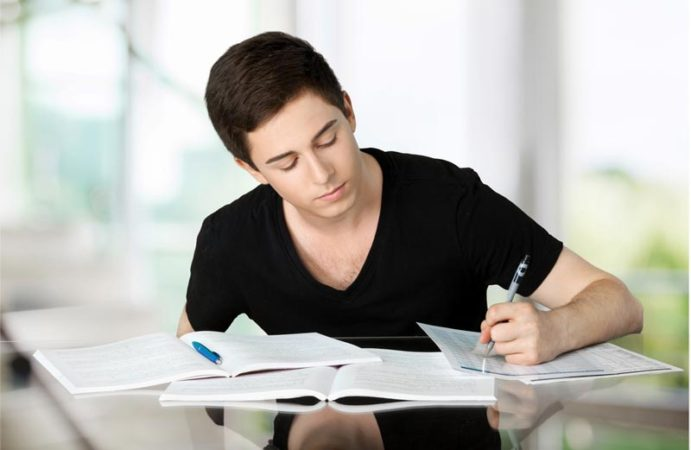 Some Useful Writing Tips To Create An Impressive Essay