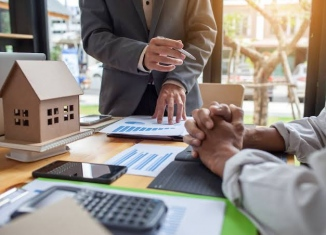Different Ways Mortgage Brokers Get Paid In 2020