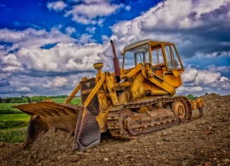 4 Ways to Keep Equipment Management Efficient For Small Construction Companies