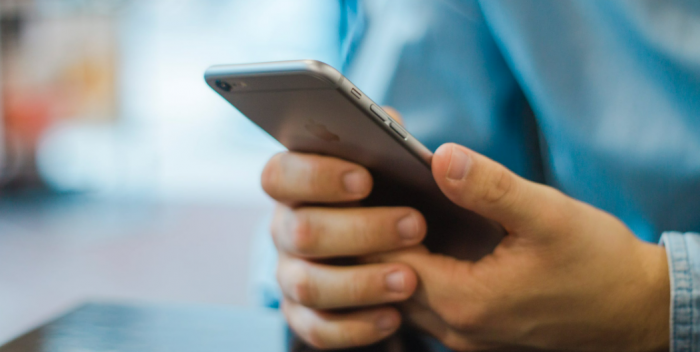 Make The Right Call: 5 Ways You Can Make Your Phone Bill More Affordable